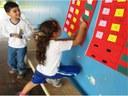 PIBID Foto de dois alunos realizando atividade matemática.jpg